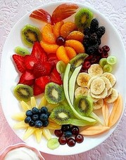Canteen_Tray_of_fruit.jpg